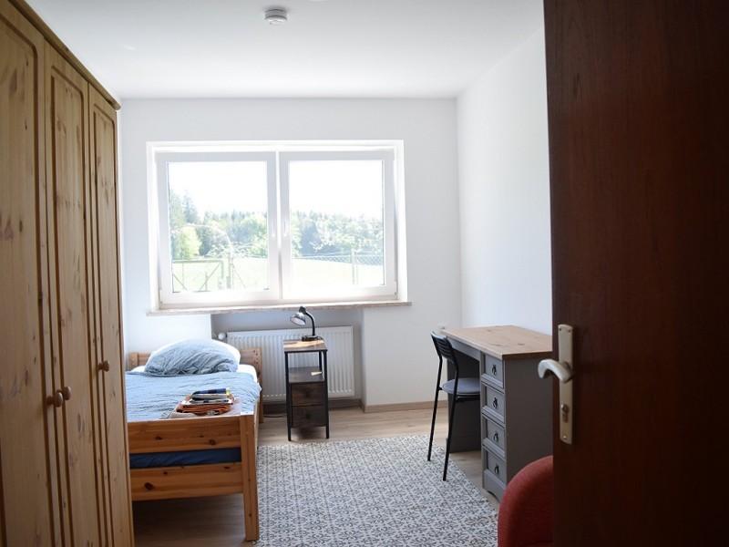 Zimmer WG Jonathan