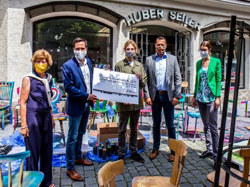 Spendenübergabe Huber-Seiler-Haus